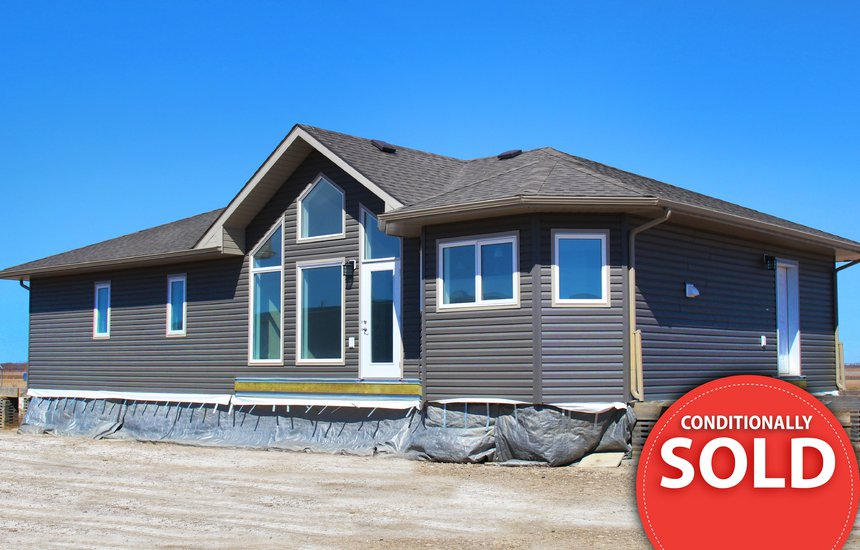 Ready to move home with dark siding-01.jpg
