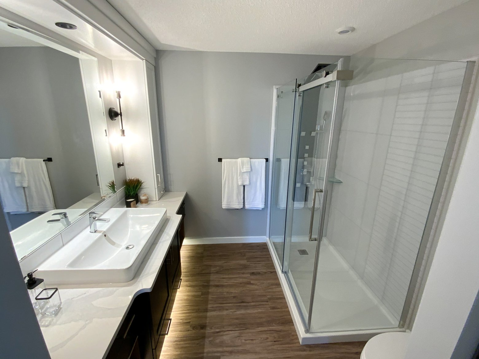 bathroom in a pr built ready to move home.jpg