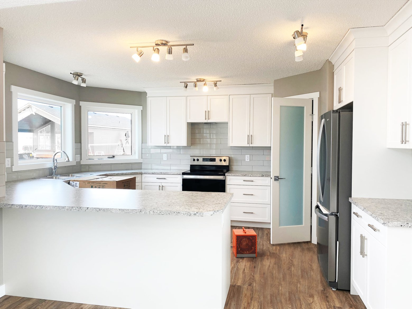 nelson homes prebuilt kitchen in a ready to move modular home.jpg